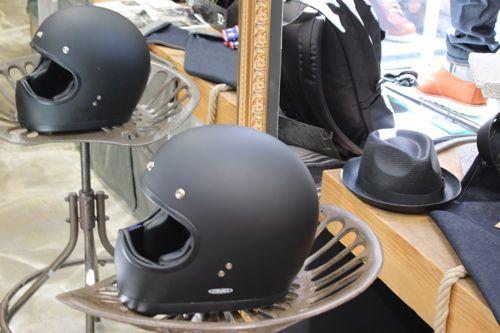 Black beauty chez Lord - retrouve ton casque DMD et le total look noir sur 21grammes