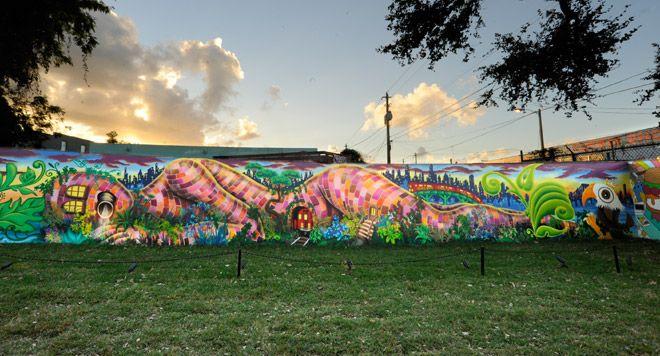 wynwood walls graffiti art lady pink
