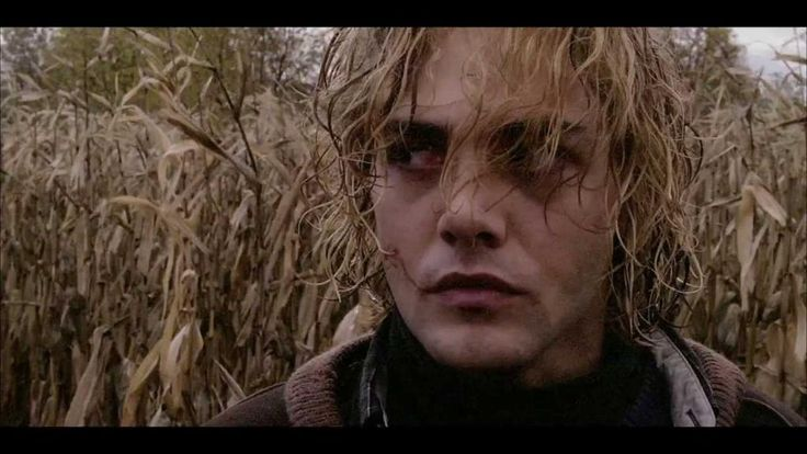#Chicago | Reeling32: The Chicago LGBT International Film Festival Highlights  Tom at the Farm, a 2013 film from Xavier Dolan which tells the story of Tom who travels to Quebec for his closeted lover's funeral. http://gay-themed-films.com/reeling-chicago/