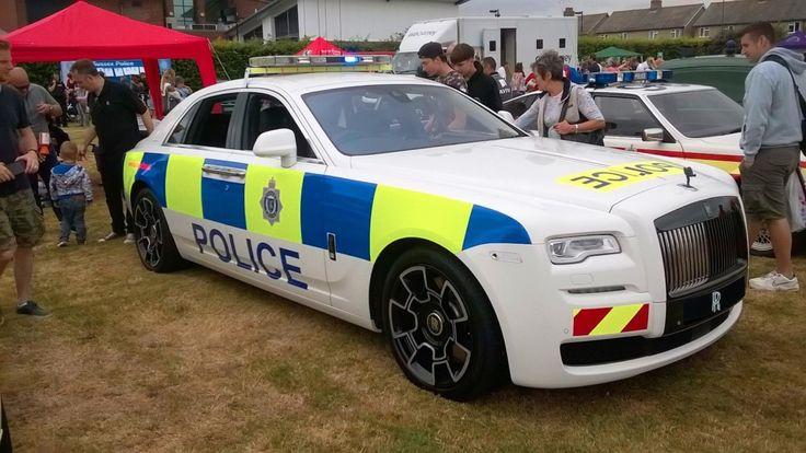 Полиция получила в распоряжение Rolls-Royce Ghost