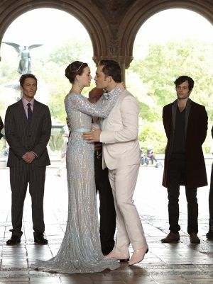 gossip girl blair and chuck wedding | Gossip Girl recap: Spoiler alert! We know her identity