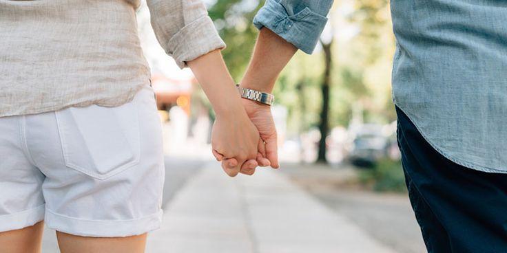 """Modalitate de conviețuire adoptată de tot mai multe cupluri tinere, se pare că această formă de """"uniune"""" câștigă teren în fața căsătoriei clasice..."""