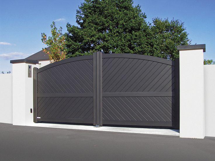 Portail Contemporaine Aluminium  Modèle COURTELINE Lames Alu 85x18 mm