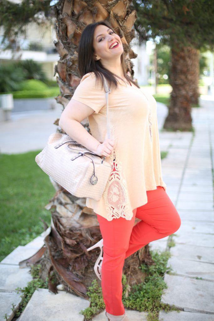 #lace #fashion #plussize #woman #sexy #curvy #shopping  www.happysizes.gr