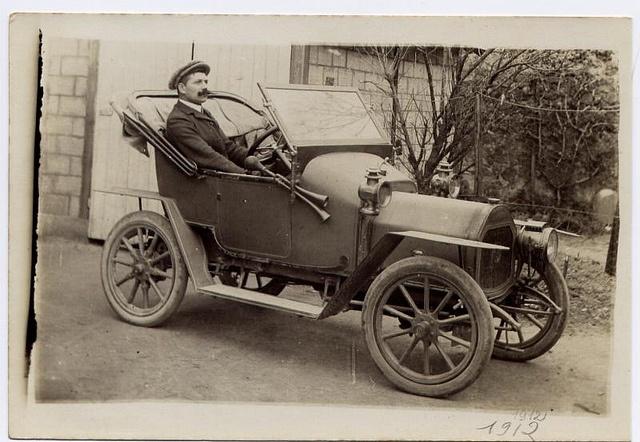 1910s Le Zebre