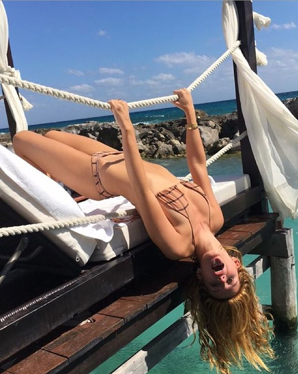 Cindy Crawford, Reese Witherspoon and More Stars in Swimwear   People