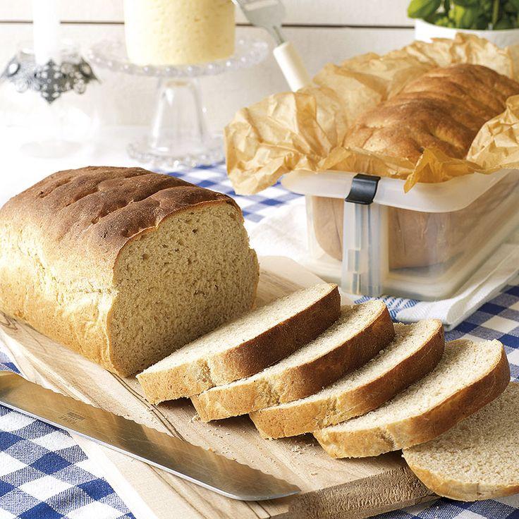 Fullkornslimpor med yoghurt, ett saftigt och gott bröd.