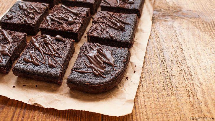 Bezglutenowe brownie z kaszy jaglanej
