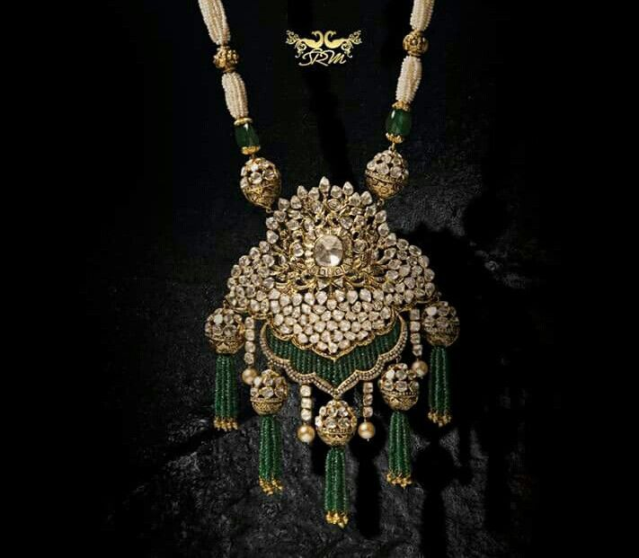 Heavy diamond pearl necklace with emerald strand danglers