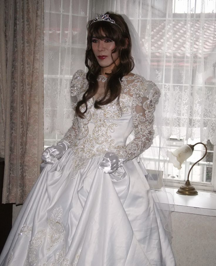 Vintage Wedding Dresses Under 1000: 1000+ Images About Shemale Brides In There Very Beautiful