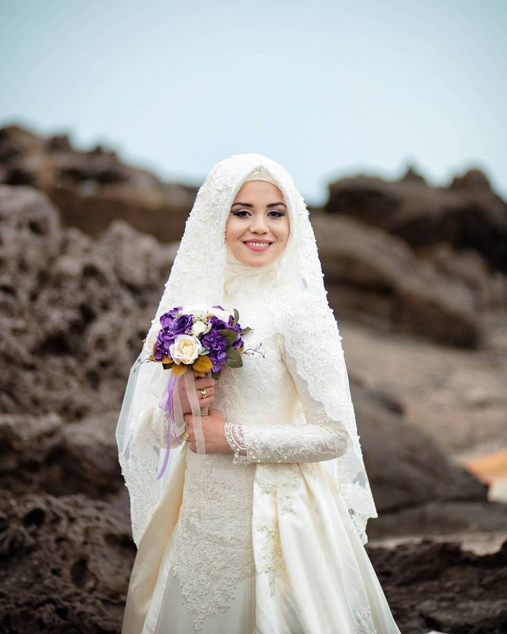 67 best muslim wedding dress images on pinterest bridal for Wedding dresses for muslim brides