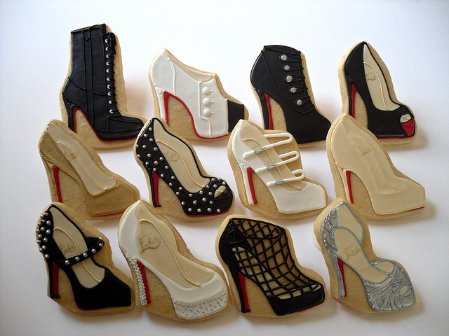 @Sarah Hatch, for your shoe stagette!  Sadly, this is not a how-to, but pics from a fancy-pants bakery.