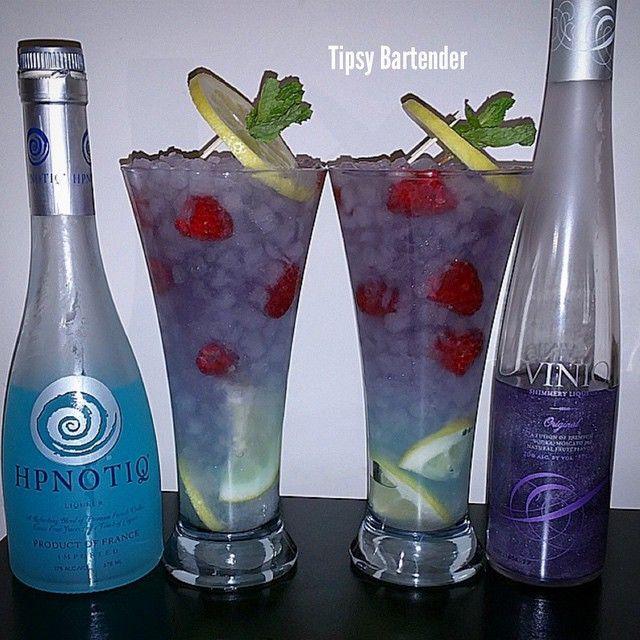 MENAGE A TROIS 1 oz. (30ml) Hypnotic 1/2 oz. (15ml) Peach Schnapps 1 oz. (30ml) Viniq 1 oz. (30ml) Raspberry Vodka 3 oz. (90ml) Sprite Raspberries Lemons