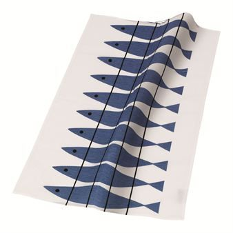 This kitchen towel was designed by Marianne Nilsson for Almedahls. The design is a simple blue and white design of herrings on a white background. A classic Swedish retro-pattern that is now more popular than ever. Combine with other pieces in the same series.