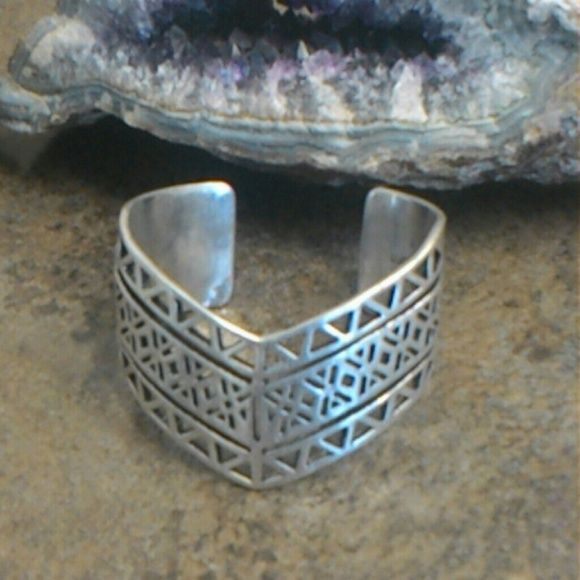 Lucky Brand Tribal Cuff Good condition Lucky Brand Jewelry Bracelets