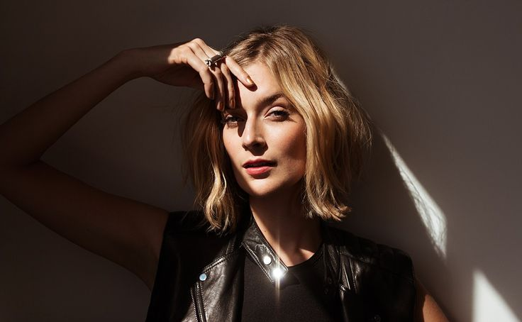 Masters of Sex Star Caitlin Fitzgerald Teases Her