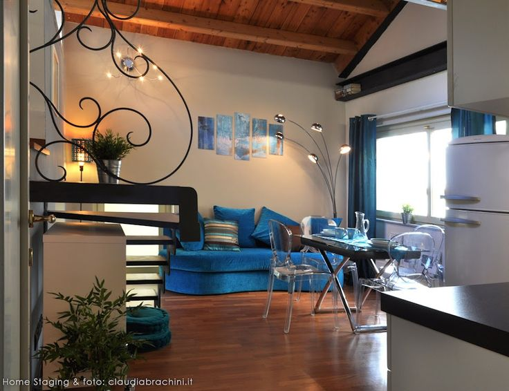 DIVANO TURCHESE MANCORRENTE LIBERTY turquoise sofa blue