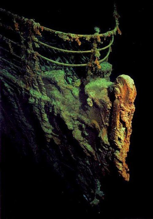 titanic-underwater-images