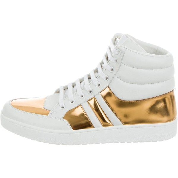 Pre-owned Gucci Leather High-Top Sneakers ($525) ❤ liked on Polyvore featuring men's fashion, men's shoes, men's sneakers, gold, mens high tops, gucci mens sneakers, mens black and white sneakers, mens high top sneakers and mens shoes