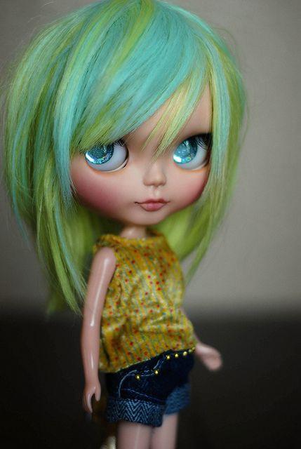 Blythe New custom and reroot with 2 tone saran by iampoohie, via Flickr