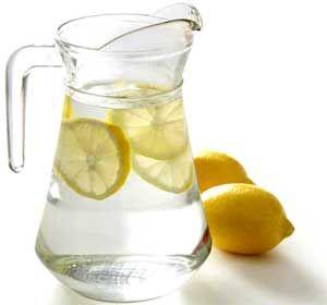 L'eau de source citronnée, une potion santé