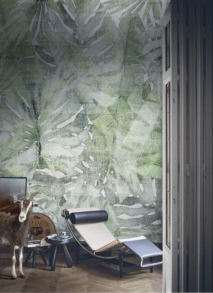 """Nic tylko zgubić się w #dżungli razem z Marco Fontana i jego nowym wzorem #tapet """"Fitzcarraldo"""" dla @tecnograficaSpA . - #tapetawielkoformatowa  #ekologiczny #certyfikaty #wallpaper #walldecor #walldesign #wow #design"""