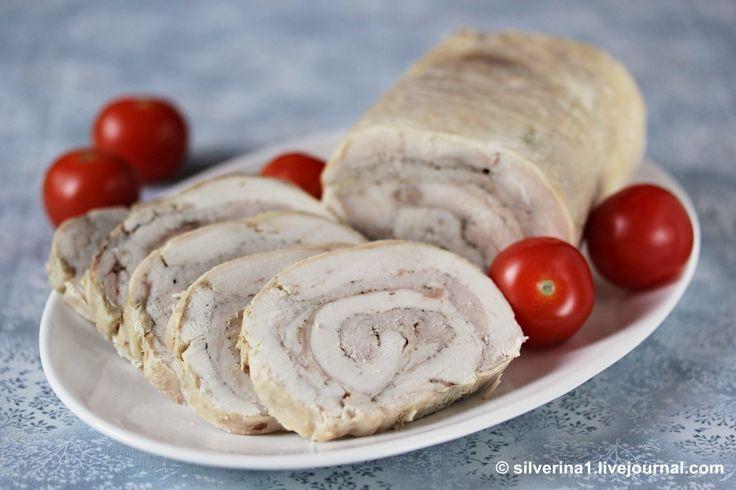 Одна из моих любимых закусок, готовила её на праздники не раз. Конечно, приходится повозиться с выниманием костей из курицы, но долго только в первый раз, потом уже…