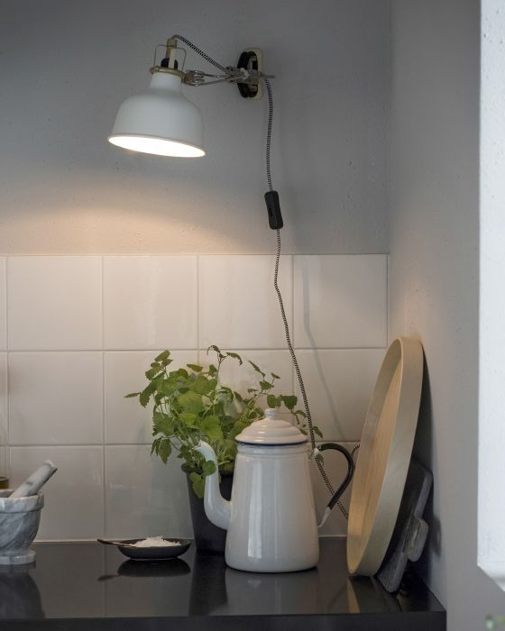 Simple Mit unseren IKEA Ideen f r K chenbeleuchtung helfen wir dir eine entspannte Atmosph re in deiner K che zu schaffen Schau dir hier unsere Beispiele an