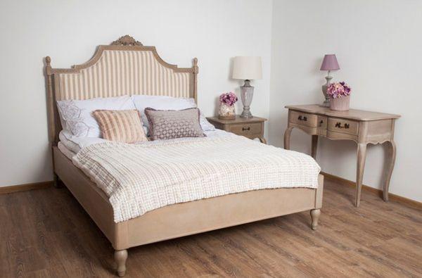 Ein bequem Bett im französischen Stil ist eine gute Idee für die Menschen, die auf der faulen Haut zu liegen lieben. Bett :  Länge: 211 cm Breite: 162 cm Höhe: 154 cm  #Bett #Stil #klassik #Menschen #Schlafzimmer #Haus #faulenzen