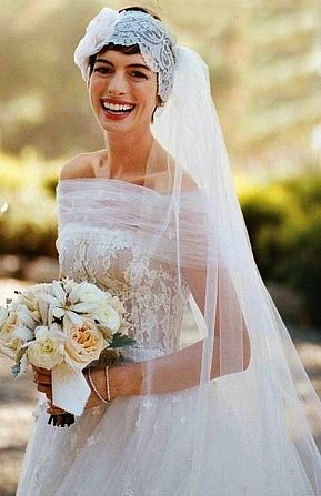 Vogue Shows Anne Hathaway's Wedding Look In All Its Valentino Glory