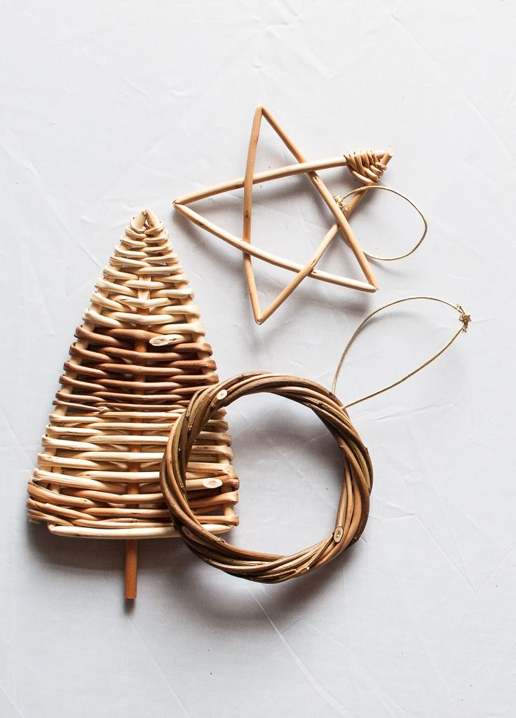 11th November 2014: Half-day willow weaving course: Christmas Decorations - Make a variety of small decorations such as stars and trees. www.wayswithwillow.co.uk
