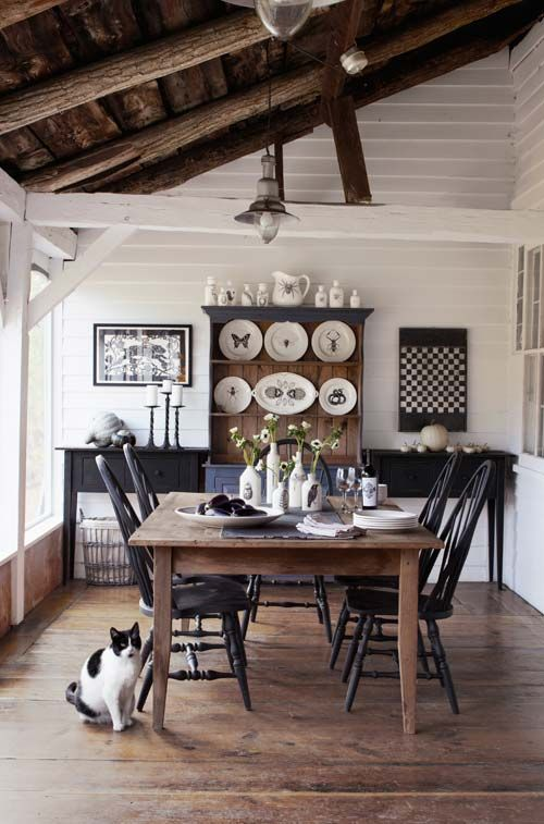 black & white dining room: Dining Rooms, Rooms Decor Ideas, Country Living, Wood Tables, Black White, Black Chairs, House, Dining Tables, Boards