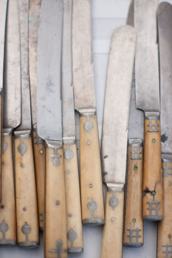 Collection of beautiful old #knives. They would make a great accent to the #rustic #kitchen.