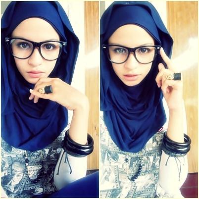 biig glasses!