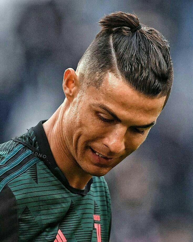 Pin By Yashvi Hathiwala On Cristiano Ronaldo In 2020 Cristiano Ronaldo Hairstyle Ronaldo