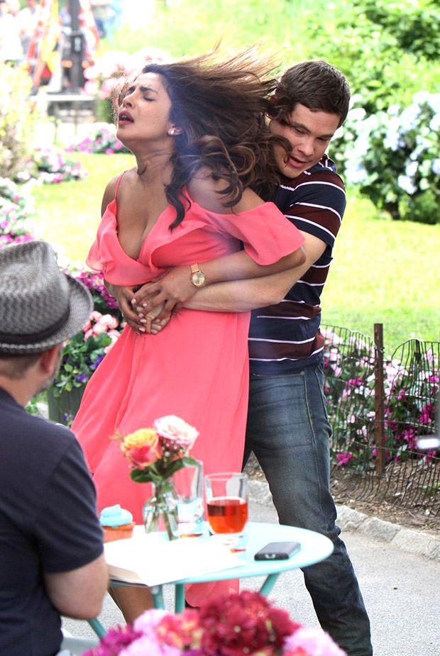 Ver Isn T It Romantic Pelicula Completa Online Descargar Isn T It Romantic Pelicula Completa En Espanol Latino Isn T It Romantic Trailer Espano Priyanka Chopra