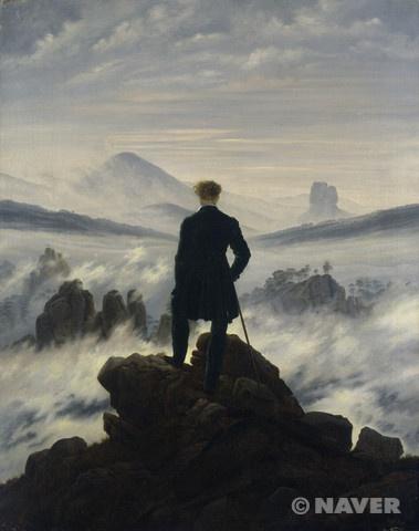안개 바다 위의 방랑자- 카스파르 다비드 프리드리히(Caspar David Friedrich)   작품해설:이 작품은 거대한 자연에 심오한 감정을 담아내는 풍경화를 전문적으로 그린 독일 낭만주의 회화를 대표하는 화가 카스파 다비드 프리드리히가 그린 것으로 그의 대표작이기도 하다. 자욱한 안개 바다와 그것를 바라보고 있는 한 남자의 뒷모습은 광활한 대자연에 홀로 마주 선 고독한 인간의 모습을 극적으로 묘사하고자 했던 그의 의도를 충분히 읽을 수 있다. 이렇듯 그의 풍경화에서는 다른 풍경화에서 좀처럼 느낄 수 없는 슬픔이나 외로움, 공포, 적막감 등이 느껴지는데, 거기에는 프리드리히의 불운했던 어린 시절의 영향이 매우 크다고 할 수 있다.  감상평: 폭풍우치는 파도와 파도가 바위에 부서지는 모습은 인물의 혼란스럽고 불운한 내면을 보여준다. 어두운 색의 바위를 앞쪽에 배치함으로써 그림이 전체적으로 어두운 느낌을 띤다.