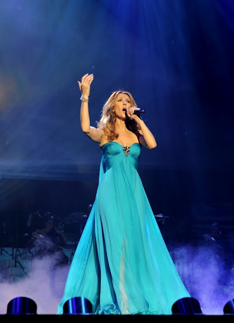 Oh, hi. My name's Celine Dion and I happen to be the best singer in the universe. I'm also perfect. Nice to meet you.