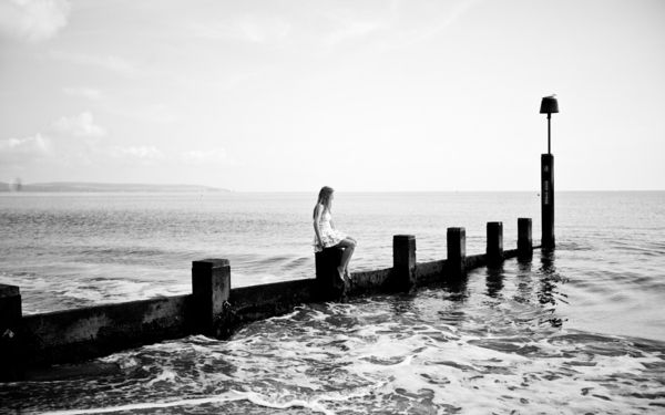 photo-la-nature-la-mer-et-la-solitude-noir-et-blanc-photographie-art
