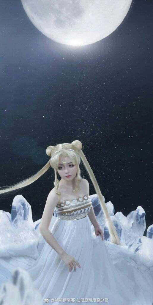 Princess Serenity (Sailor Moon) cosplay by 熊熊伊南娜_仙侣庭院后勤总管  | Anime Amino