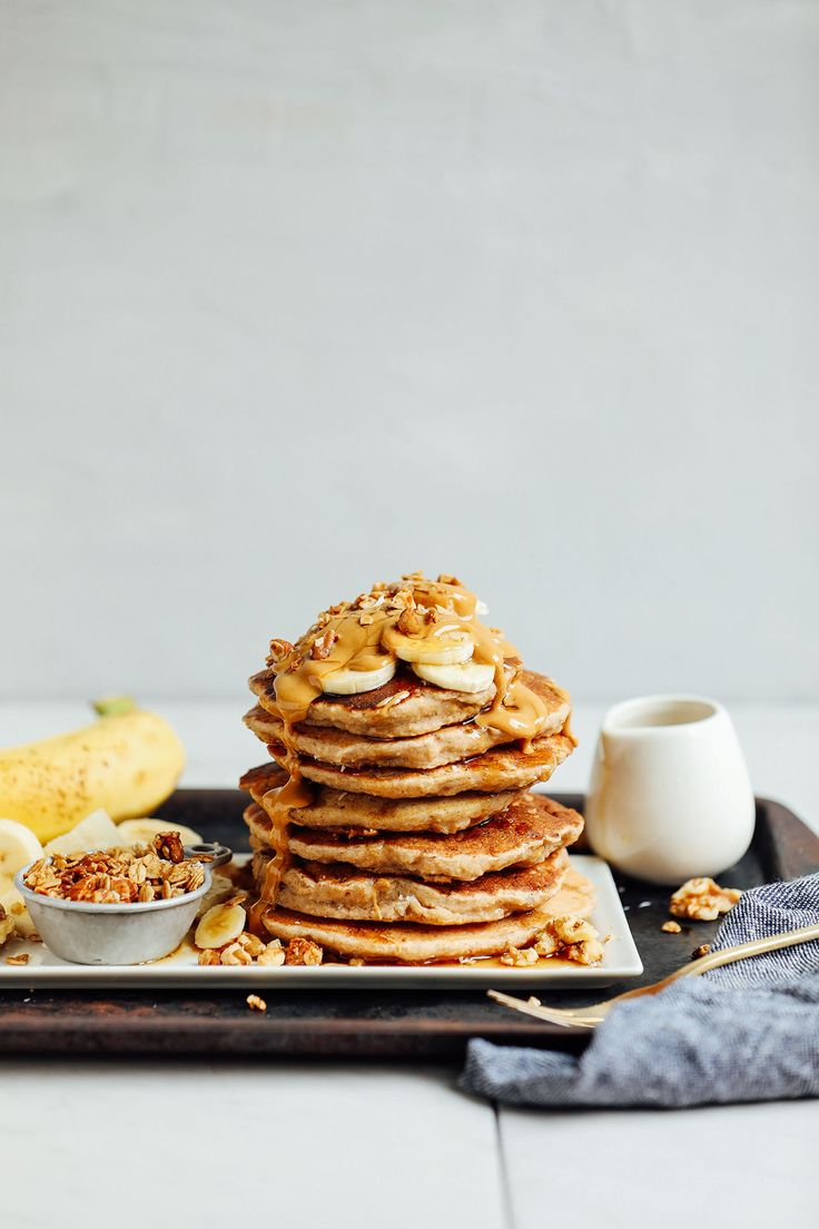 LIFE-CHANGING Banana Pancakes! 20 minutes #vegan #glutenfree #naturallysweetened and SO fluffy and delicious! #minimalistbaker #breakfast #healthy