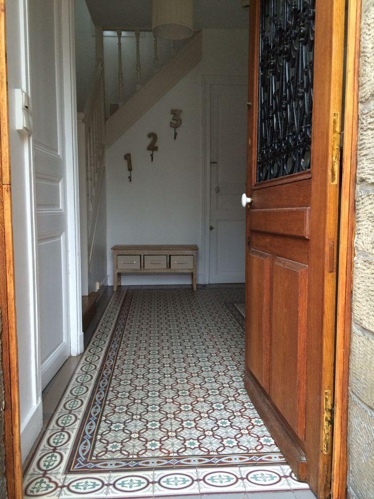 Epingle Par Maja Kulakowska Sur Deco Couloirs Et Cages D Escaliers Carreau De Ciment Carreaux De Ciment Anciens Deco Escalier