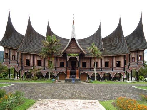 The Minangkabau house by Sandra Eka