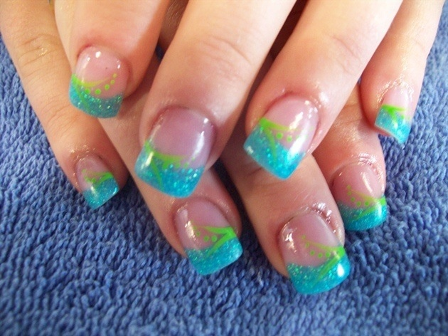 Aqua and lime green… love it