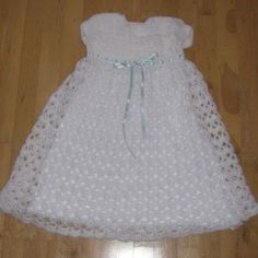 Free Crochet Christening Gown | CROCHETED CHRISTENING GOWNS