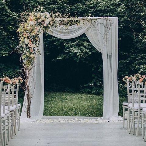 #organizasyon #konya #night #düğün #chaivarichairs #wedding #eventchair #eventchairs #weddinginspiration #weddings #weddingphotographer #instawedding #goldorganizasyon