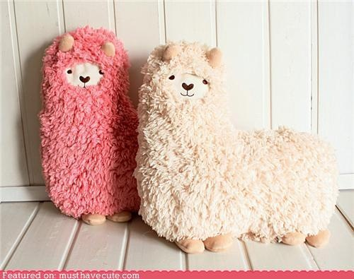 llama pillow... No directions but so cute!