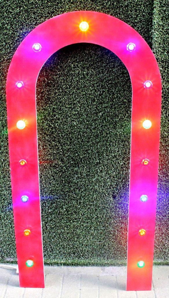 Show Arch / Showboog KIDS (2 pieces available) 15x Led lights