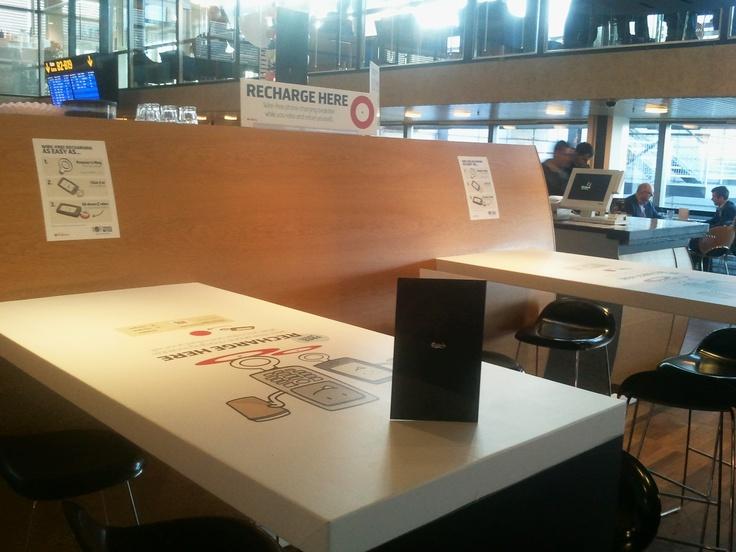 Wireless charging spots in Eyecon bar in Copenhagen airport
