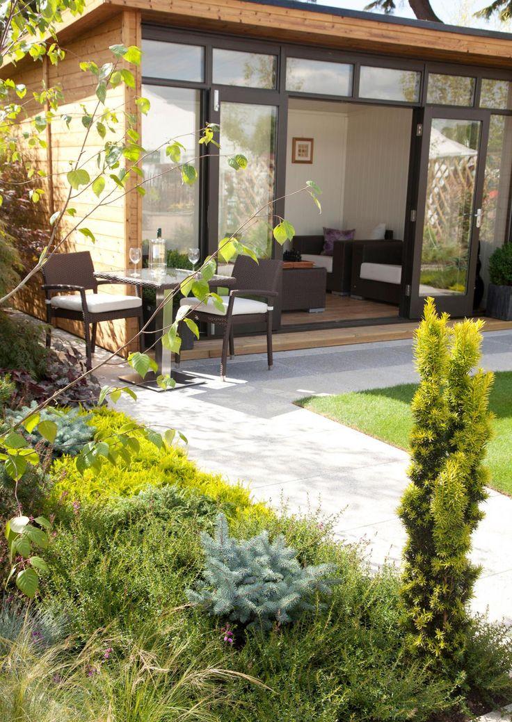 25+ parasta ideaa Pinterestissä: Moderni puutarha